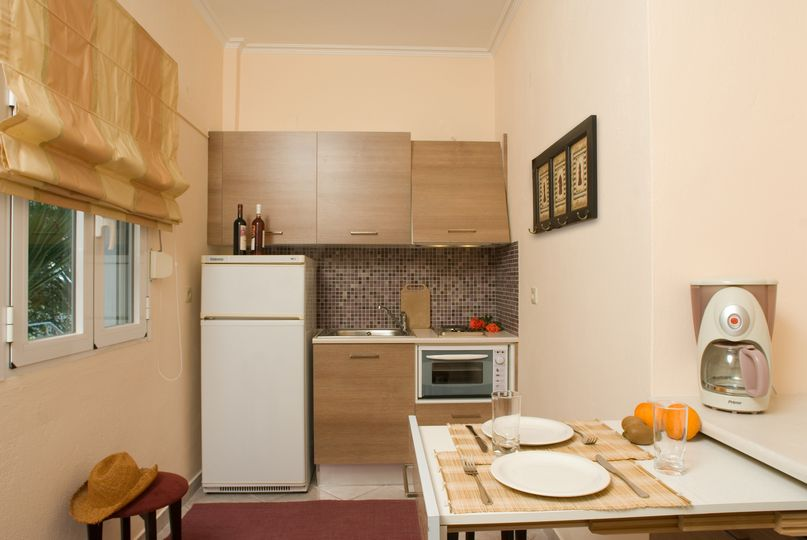 Kitchen suite  1-2