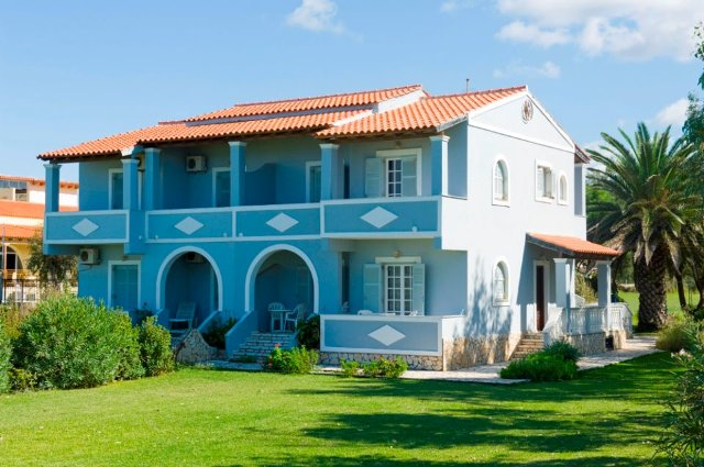 Beach apartments in Corfu – Villa Maria in Almiros