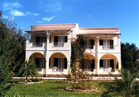 Corfu holiday apartments-Villa Patrizia