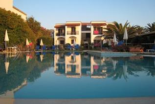 Appartamenti-hotel Filorian sul mare ad Acharavi Corfù