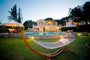 Villas in Corfu-Luxury villas Sissy and Olympia in Dassia