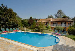 Villa in Corfu for 10 persons -Villa Eleda
