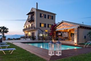 """Appartamenti per vacanze """"Irida"""" ad Agios Spiridon Corfù"""