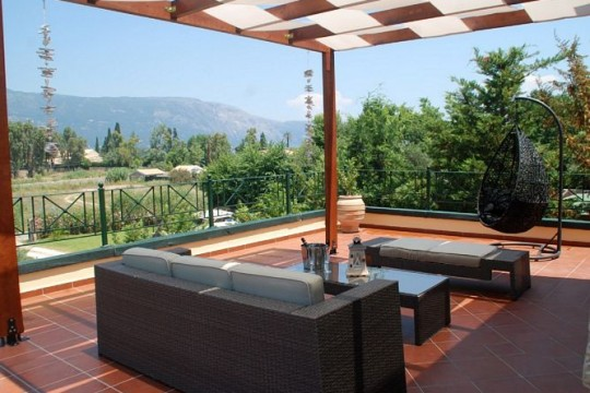 Villas in Corfu-Villa Dionyssia in Dassia