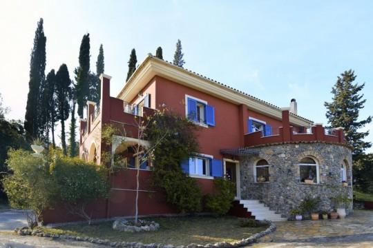 Villas in Corfu-Villa Velanidies