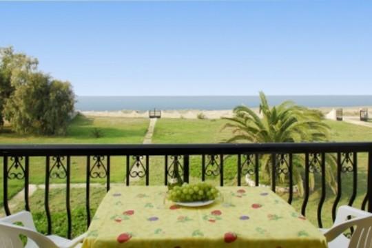 Stefania Ferienwohnungen am Almiros Strand