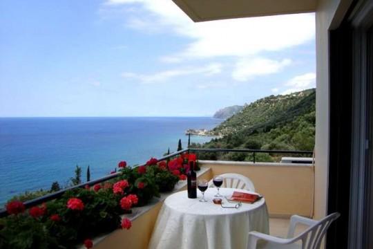 "Aparments in Corfu ""Pelagos""- Agios Gordios"