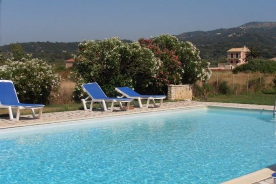 Corfu beach apartments-Villa Vista Del Mare