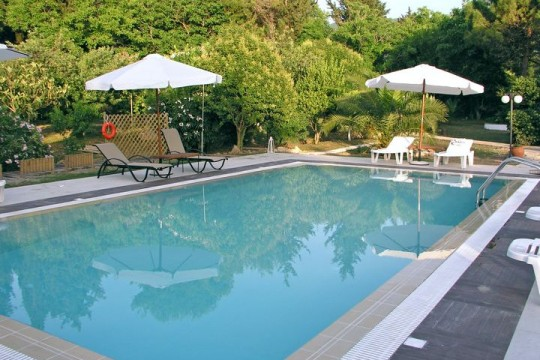 Villa Amalia apartments with pool in Acharavi Corfu